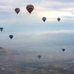 Изгрев над Кападокия